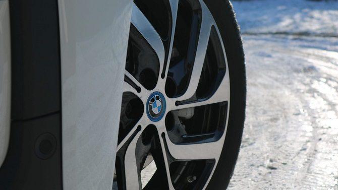 BMW i3 94 Ah Rex bateria, zasięg, czas ładowania, wnętrze, wygląd zewnętrzny, światła LED, range extender, dane techniczne, wymiary, bagażnk