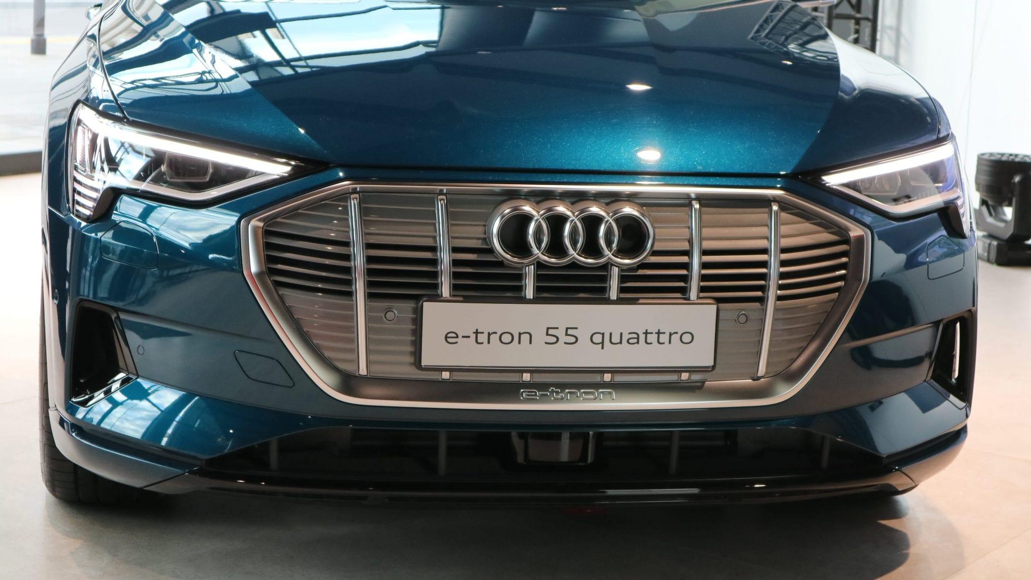 Premiera Audi E Tron W Polsce Dane Techniczne Czas ładowania