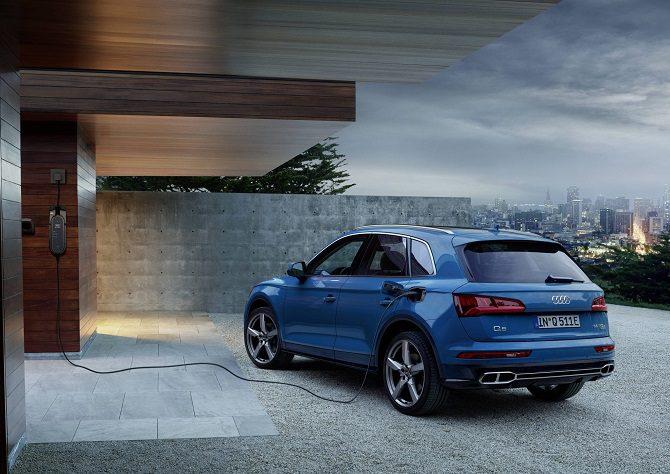 Hybrydowe Audi Q5 55 TFSI e quattro, czas ładowania, bateria, moc, zasięg