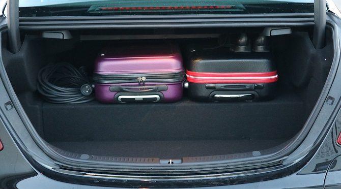 Bagażnik Mercedes E 300 de
