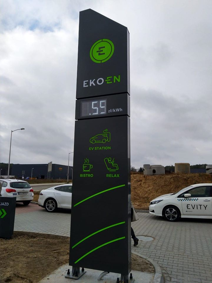 Ekoen, Stacja ładowania Ekoen, Nowy Kisielin, ekoenergetyka, elektrmobilność, ładowarka, moc, CCS, Chademo