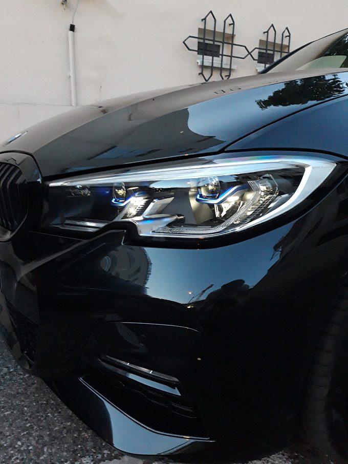 BMW 330e 2020 test, recenzja, opinie, czas ładowania, zasięg, moc ładowania, ładowarka, elektromobilność, samochody elektryczne, BMW, hybrydowe BMW laser led, światła ledowe